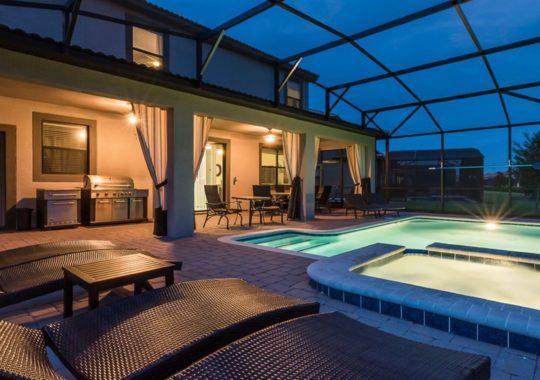 Tropical Escape Vacation Homes Booking Specials