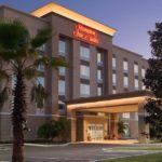Hampton Inn & Suites: A Charming Gem in Deland, Florida